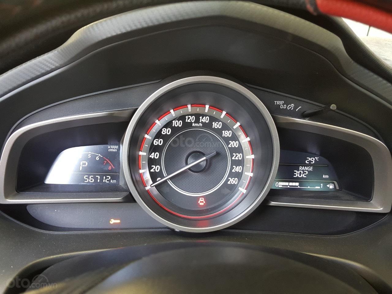 Hãng bán Mazda 3 1.5sedan 2017, màu xanh lam, đúng chất, lên nhiều đồ chơi, giá TL, hỗ trợ góp (6)