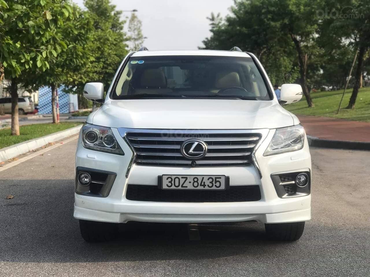 Giao ngay giao ngay Lexus LX570 trắng kem 2010 nhập Mỹ uy tín giá tốt (11)