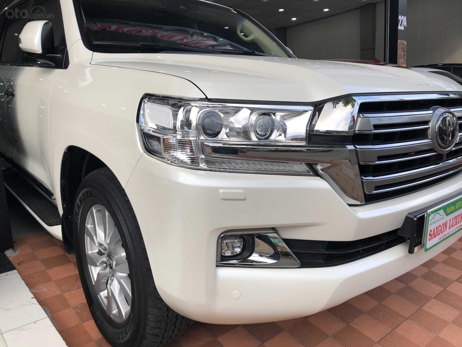 Cần bán Toyota Land Cruiser 2016, máy dầu, nhập khẩu Trung Đông (5)