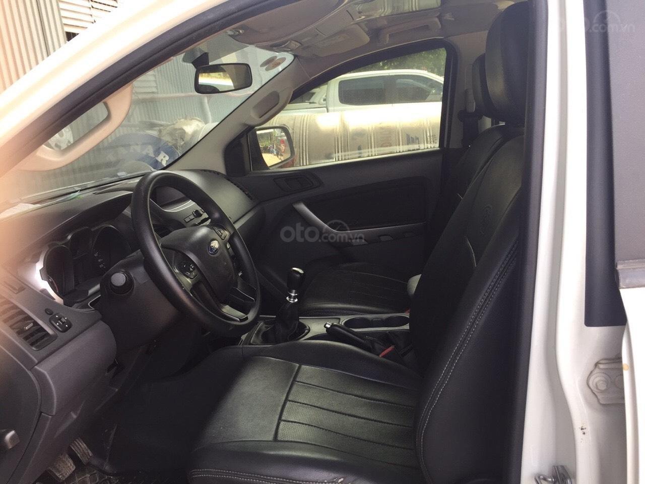 Ranger XLS số sàn, xe chất đời 2016, xe mới như hình, bán và bảo hành chính hãng Ford (5)
