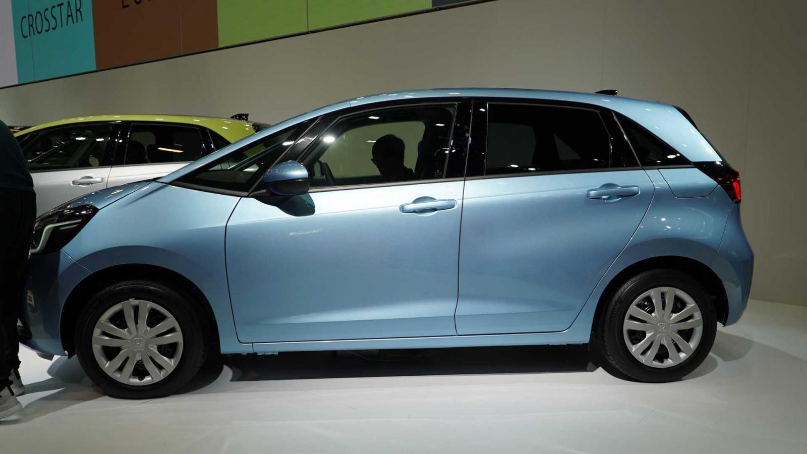 Đánh giá xe Honda Jazz 2020: chính diện thân xe