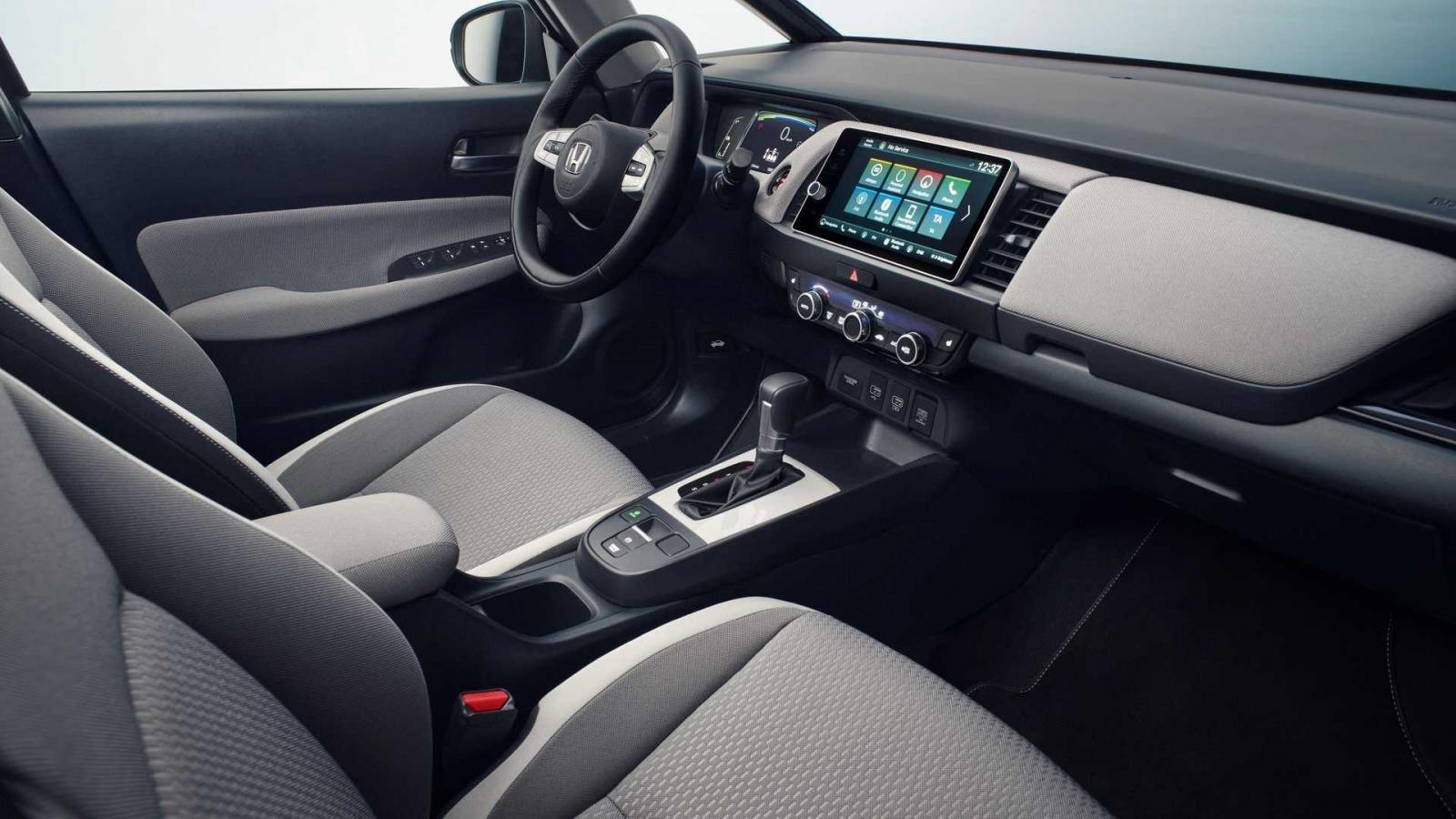 Honda Jazz 2020: bảng điều khiển 3/4