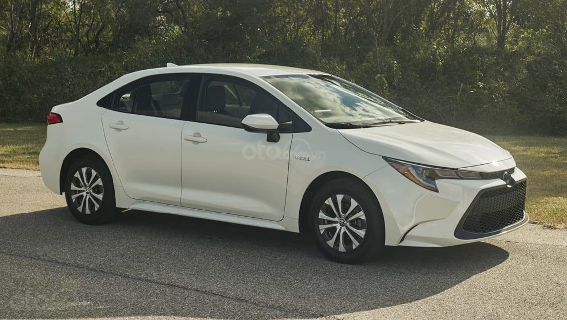 Toyota Corolla 2020 sedan chốt giá từ 374 triệu đồng