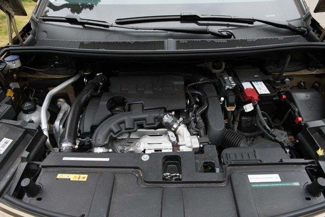 Vận hành xe oto Peugeot 3008 2019