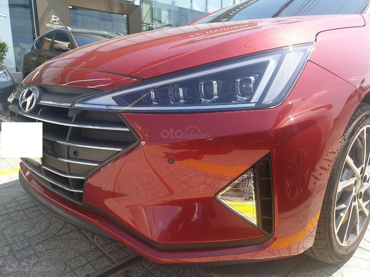 Hyundai Elantra 2.0 ĐB sản xuất 2019, đủ màu giao ngay liên hệ Mr. Quang 0936167272 (2)
