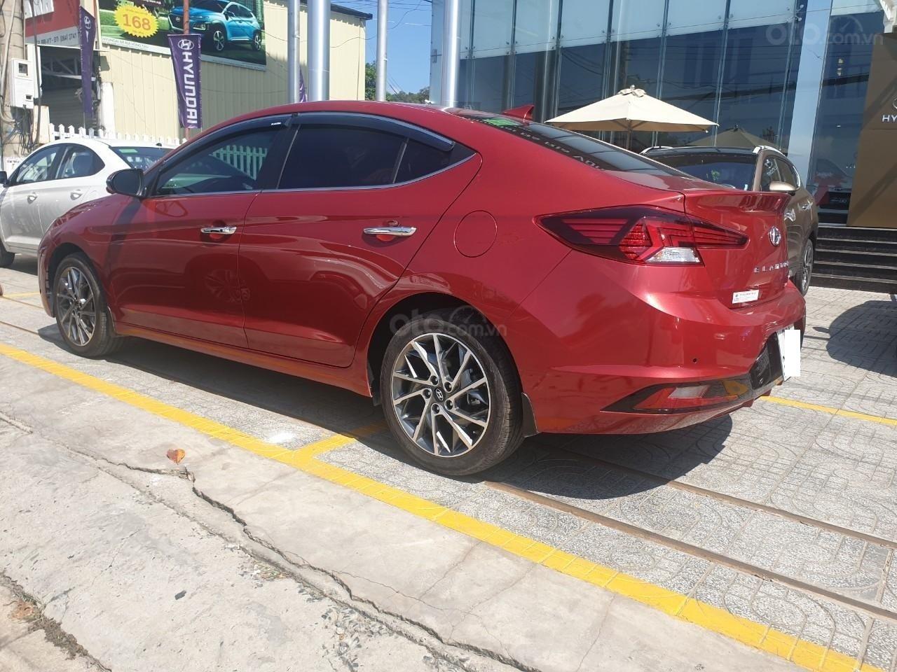 Hyundai Elantra 2.0 ĐB sản xuất 2019, đủ màu giao ngay liên hệ Mr. Quang 0936167272 (3)