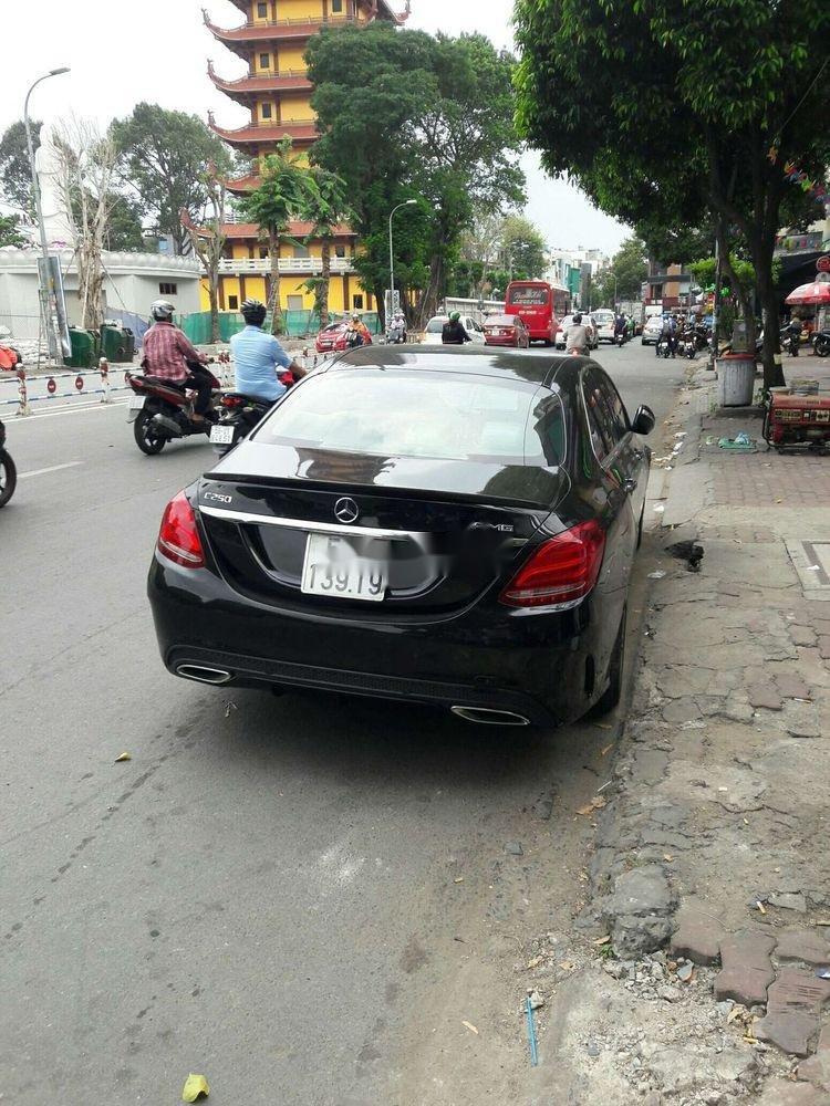 Cần bán Mercedes C250 sản xuất năm 2017, màu đen, nhập khẩu   (3)