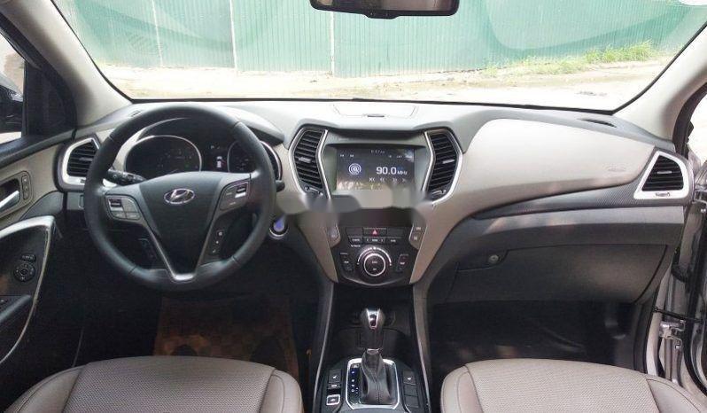 Cần bán gấp Hyundai Santa Fe đời 2016, màu bạc, giá 989tr (4)
