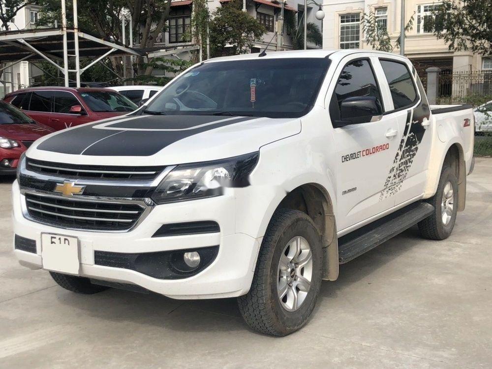 Bán xe Chevrolet Colorado LT 2.5AT đời 2018, màu trắng, nhập khẩu nguyên chiếc số tự động (3)