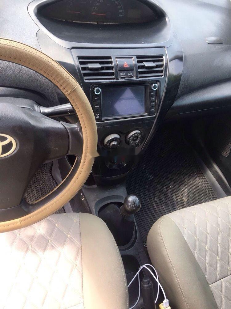 Bán Toyota Vios sản xuất 2010, màu trắng, chính chủ (3)
