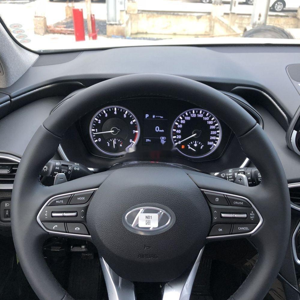 Bán Hyundai Santa Fe năm sản xuất 2019, màu trắng, giá chỉ 995 triệu (9)