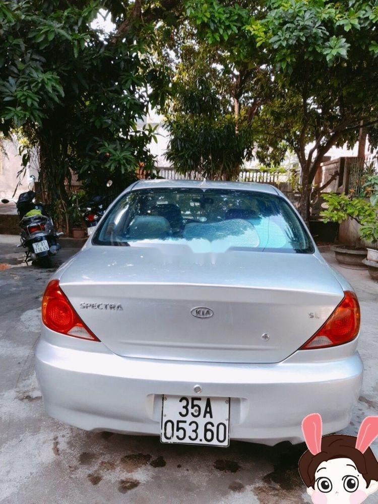 Bán xe cũ Kia Spectra sản xuất năm 2004, màu bạc (6)