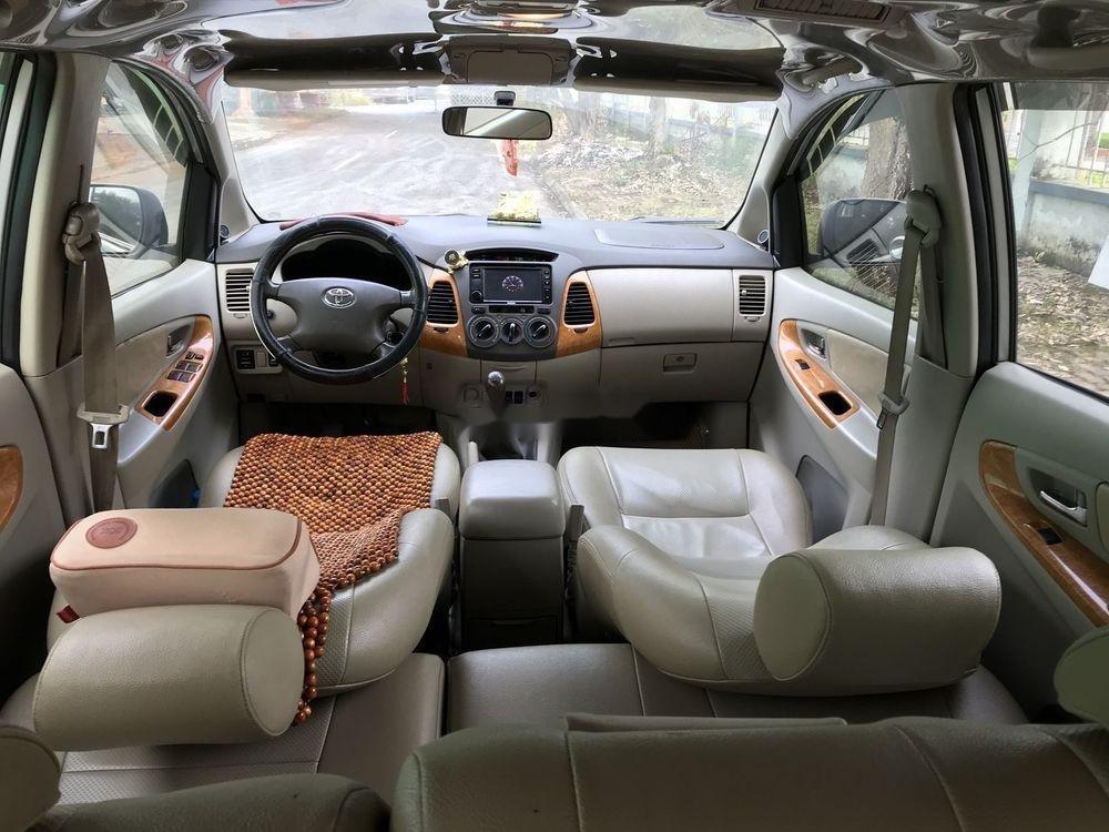 Cần bán Toyota Innova G đời 2010, màu bạc, nhập khẩu nguyên chiếc còn mới, giá chỉ 365 triệu (9)
