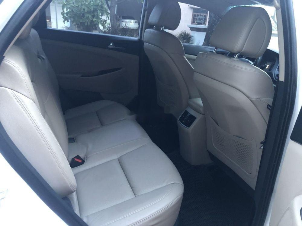 Bán Hyundai Tucson 2.0 2016, màu trắng, nhập khẩu xe gia đình (6)