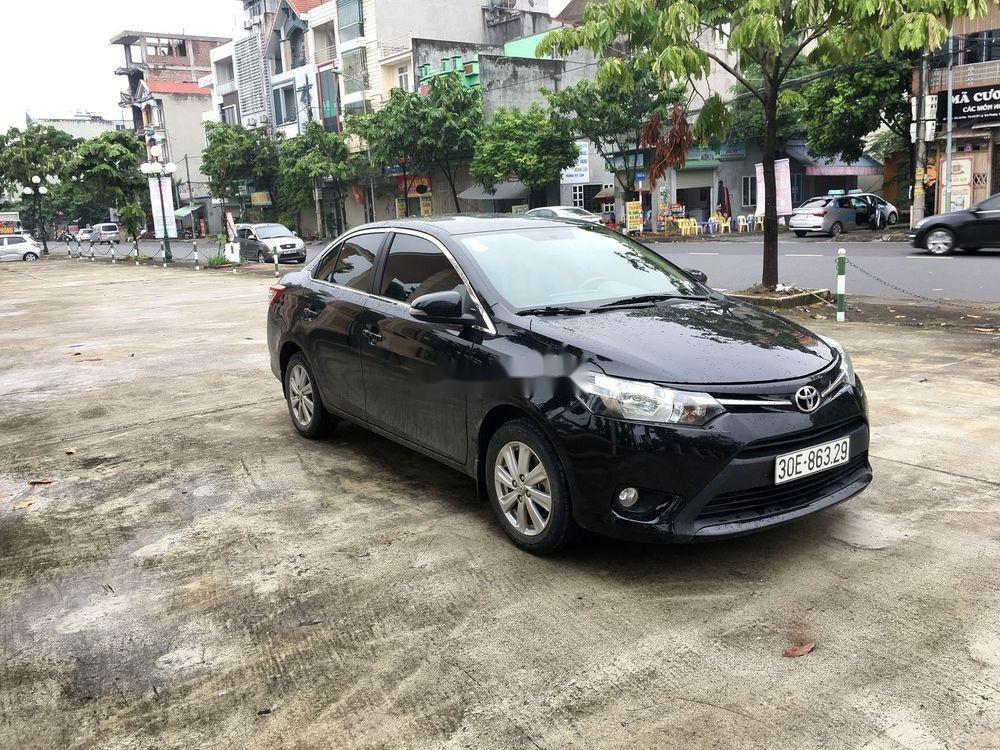 Cần bán gấp Toyota Vios E 2017, màu đen, giá tốt (3)