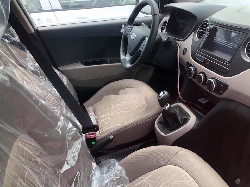 Bán Hyundai Grand i10 năm sản xuất 2019, màu xanh lam, giá tốt (2)