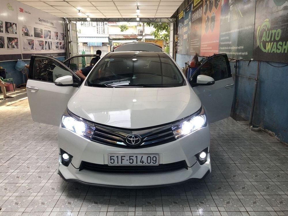 Cần bán xe Toyota Corolla Altis năm 2016, màu trắng (1)