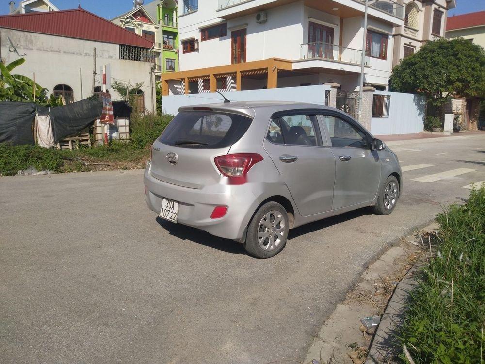 Bán Hyundai Grand i10 năm 2014, màu bạc, xe nhập, giá tốt (8)