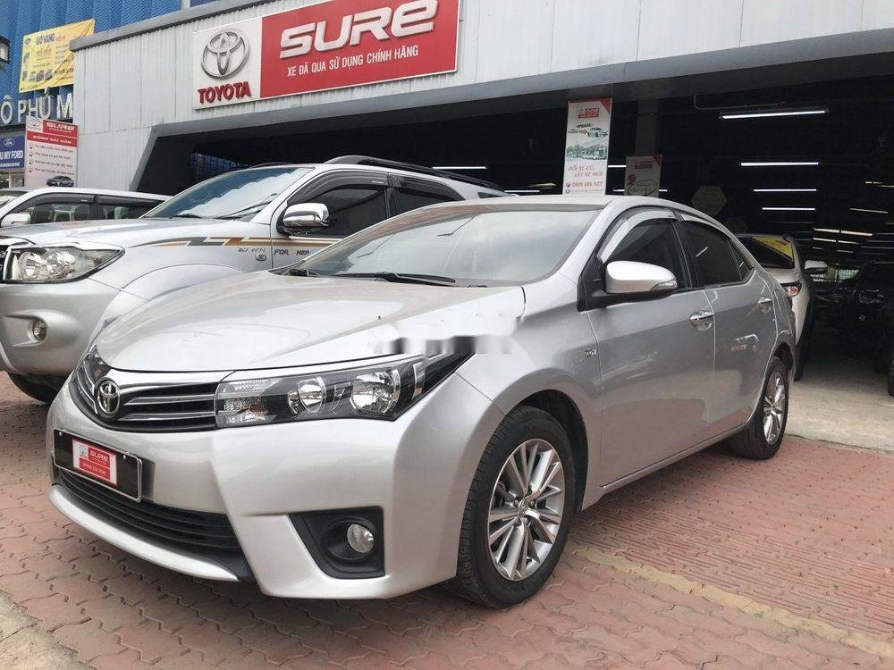 Cần bán Toyota Corolla Altis đời 2016, màu bạc, số tự động, máy xăng (1)