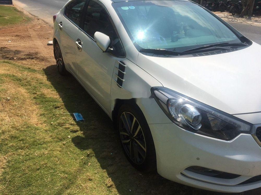 Cần bán gấp Kia K3 1.6AT 2016, màu trắng, nhập khẩu, giá 560tr (9)