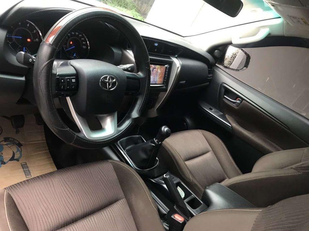 Cần bán Toyota Fortuner đời 2017, nhập khẩu, 945 triệu (4)