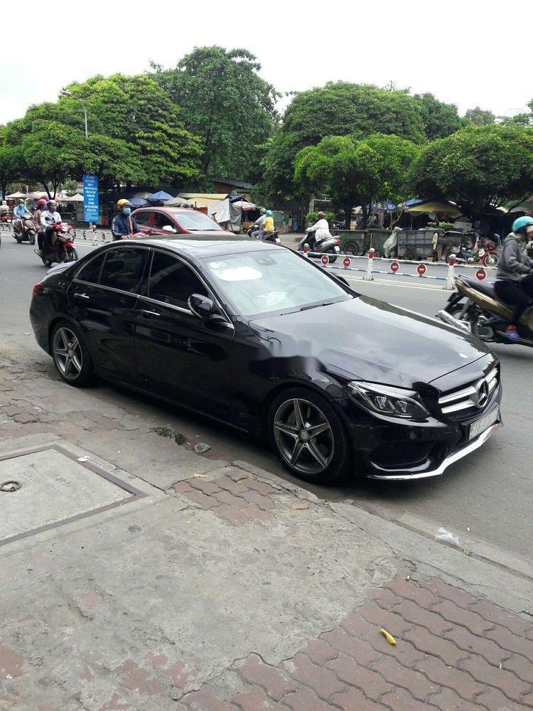 Cần bán Mercedes C250 sản xuất năm 2017, màu đen, nhập khẩu   (2)