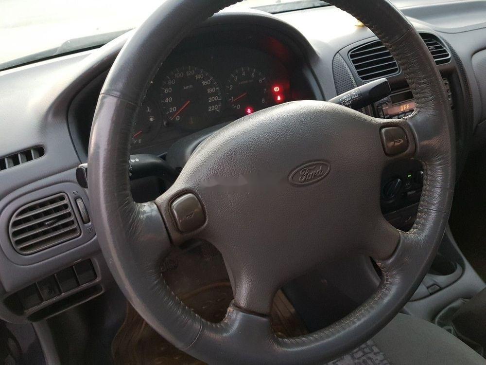 Cần bán Ford Laser MT sản xuất năm 2001 (5)