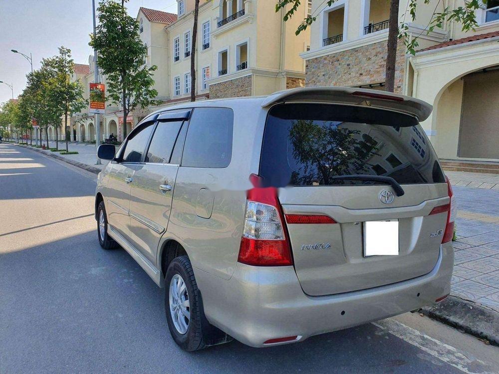 Bán Toyota Innova năm sản xuất 2013, nhập khẩu nguyên chiếc xe gia đình giá cạnh tranh (8)