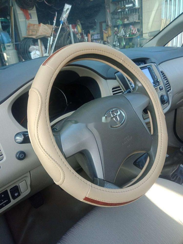 Bán Toyota Innova E sản xuất 2015 số sàn (3)
