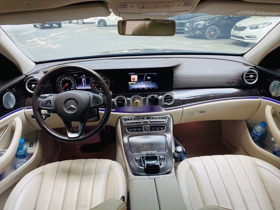 Cần bán gấp Mercedes E250 sx 2017, màu đen (4)