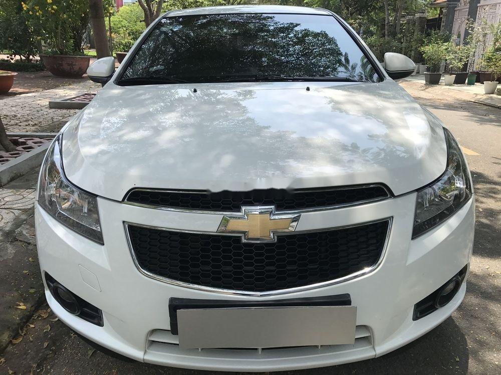 Bán Chevrolet Cruze đời 2014, màu trắng số sàn (1)