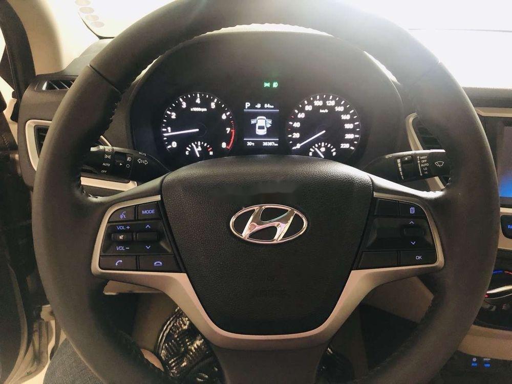 Bán Hyundai Accent 1.4AT đời 2018 số tự động (8)