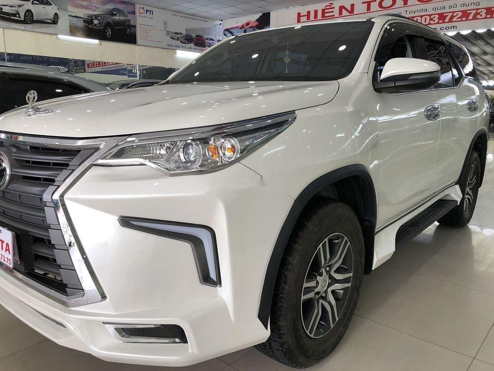 Cần bán xe Toyota Fortuner năm sản xuất 2019, màu trắng, nhập khẩu (11)
