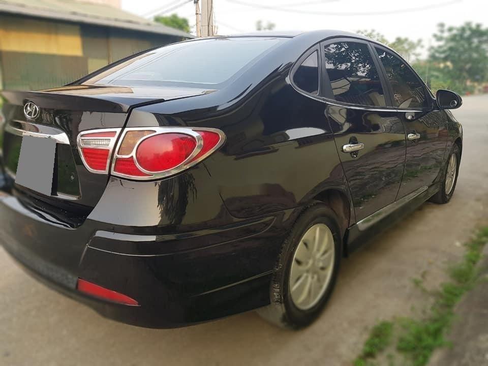 Xe Hyundai Avante sản xuất 2014, màu đen số sàn, 336tr (4)
