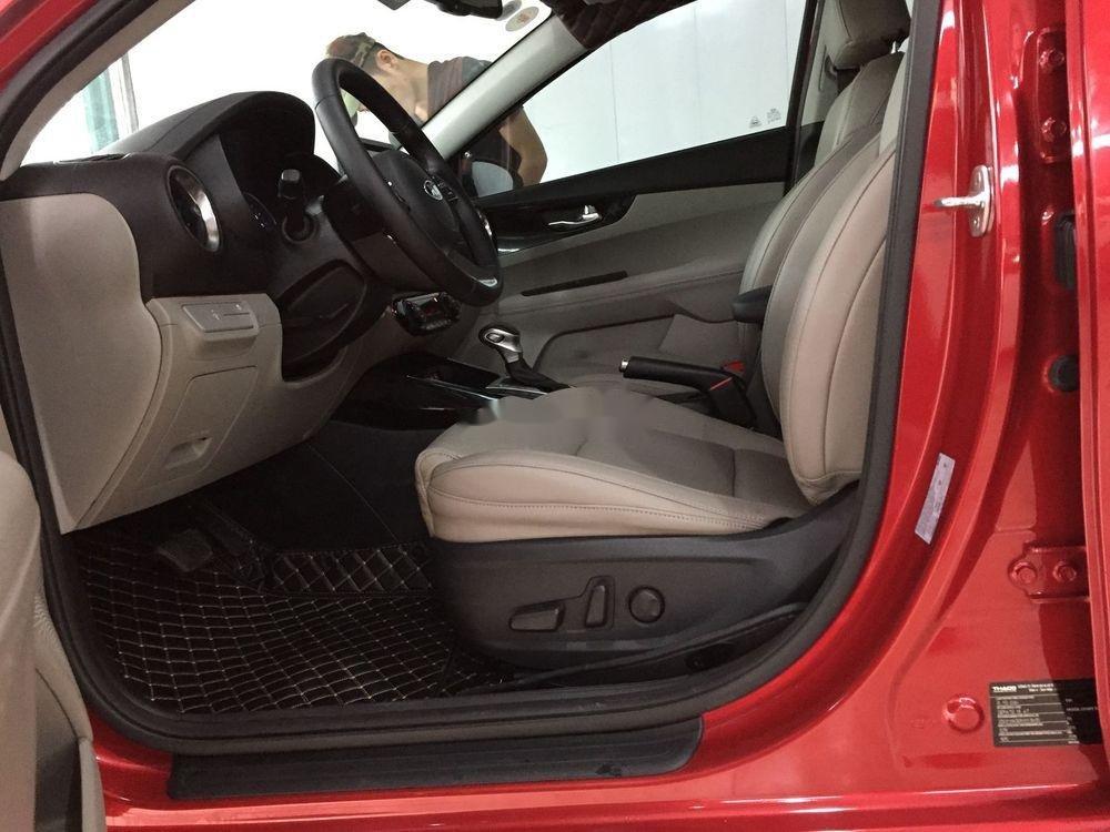 Bán xe Kia Cerato sản xuất năm 2019, màu đỏ, giá chỉ 647 triệu (8)