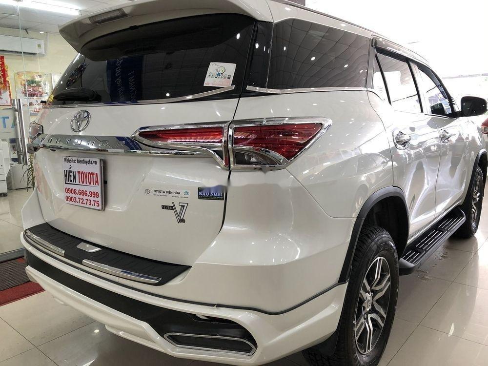 Cần bán xe Toyota Fortuner năm sản xuất 2019, màu trắng, nhập khẩu (4)