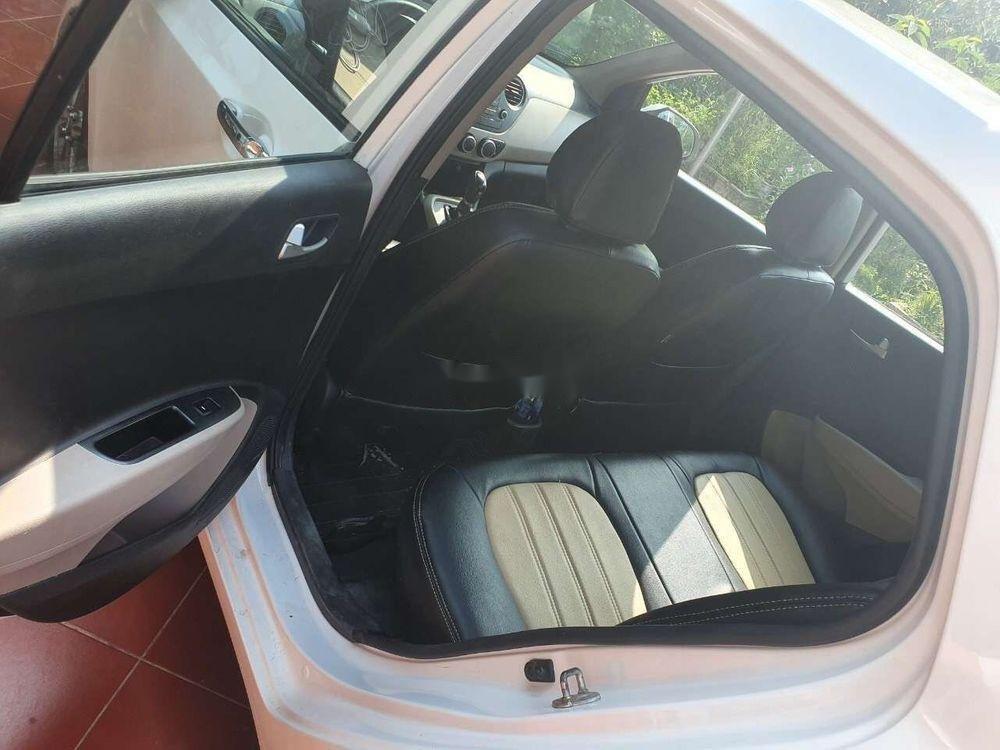 Bán Hyundai Grand i10 đời 2014, màu trắng, xe nhập số tự động, giá tốt (5)