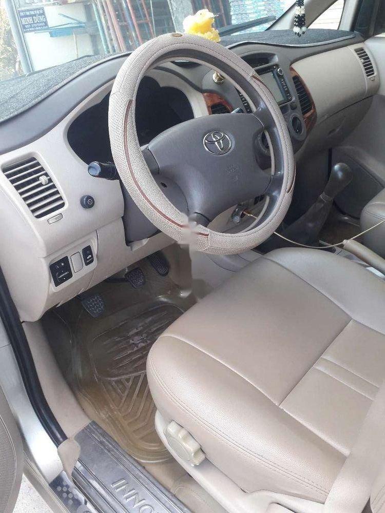 Cần bán Toyota Innova đời 2007, màu bạc, nhập khẩu, xe gia đình (8)