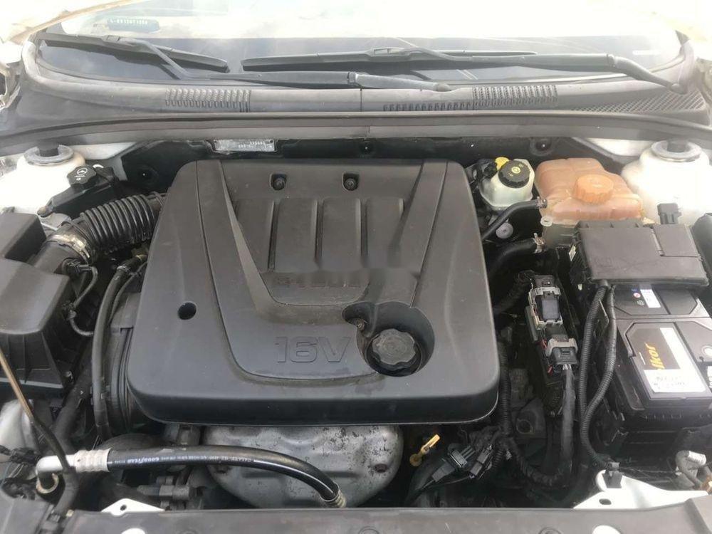 Bán Chevrolet Cruze 2011, màu trắng như mới (8)