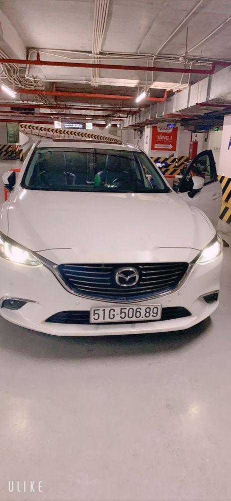 Cần bán xe cũ Mazda 6 năm sản xuất 2017, màu trắng như mới (1)