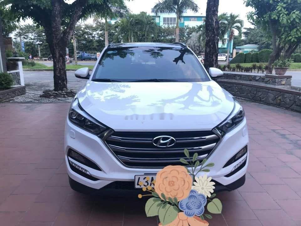 Bán Hyundai Tucson 2.0 2016, màu trắng, nhập khẩu xe gia đình (2)