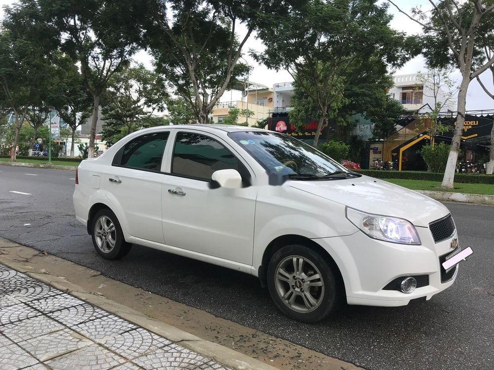 Bán ô tô Chevrolet Aveo 2014, màu trắng (2)