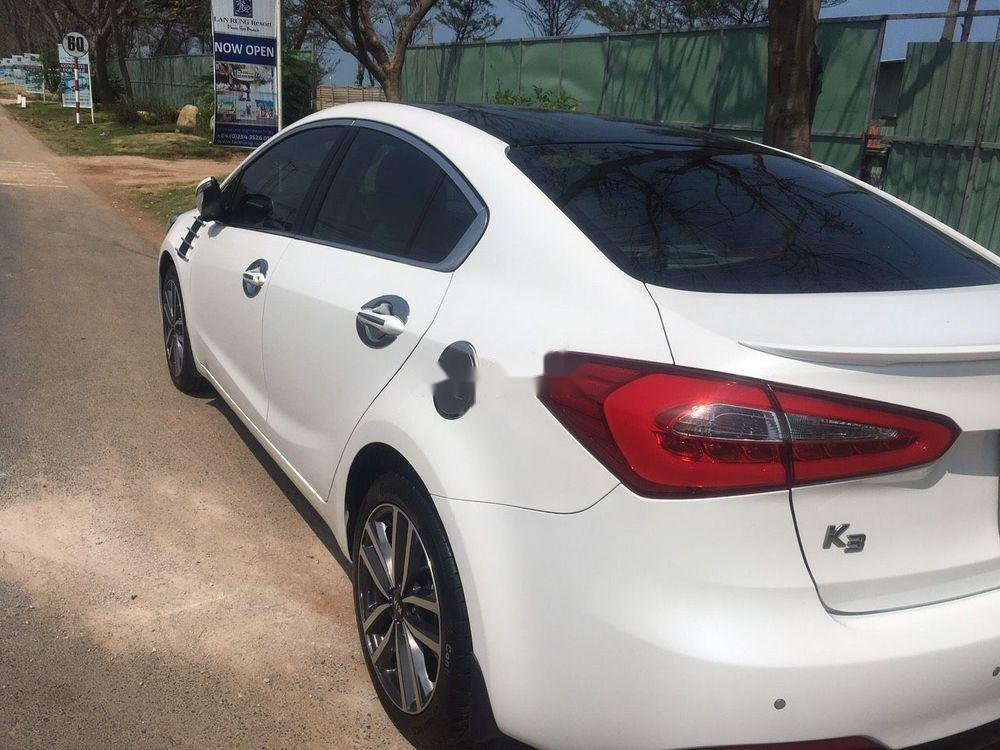 Cần bán gấp Kia K3 1.6AT 2016, màu trắng, nhập khẩu, giá 560tr (3)