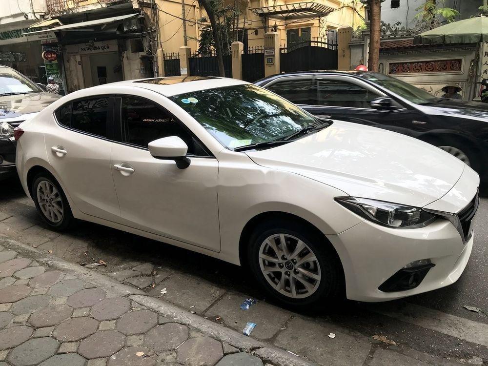 Bán Mazda 3 AT đời 2015, màu trắng chính chủ giá cạnh tranh (1)
