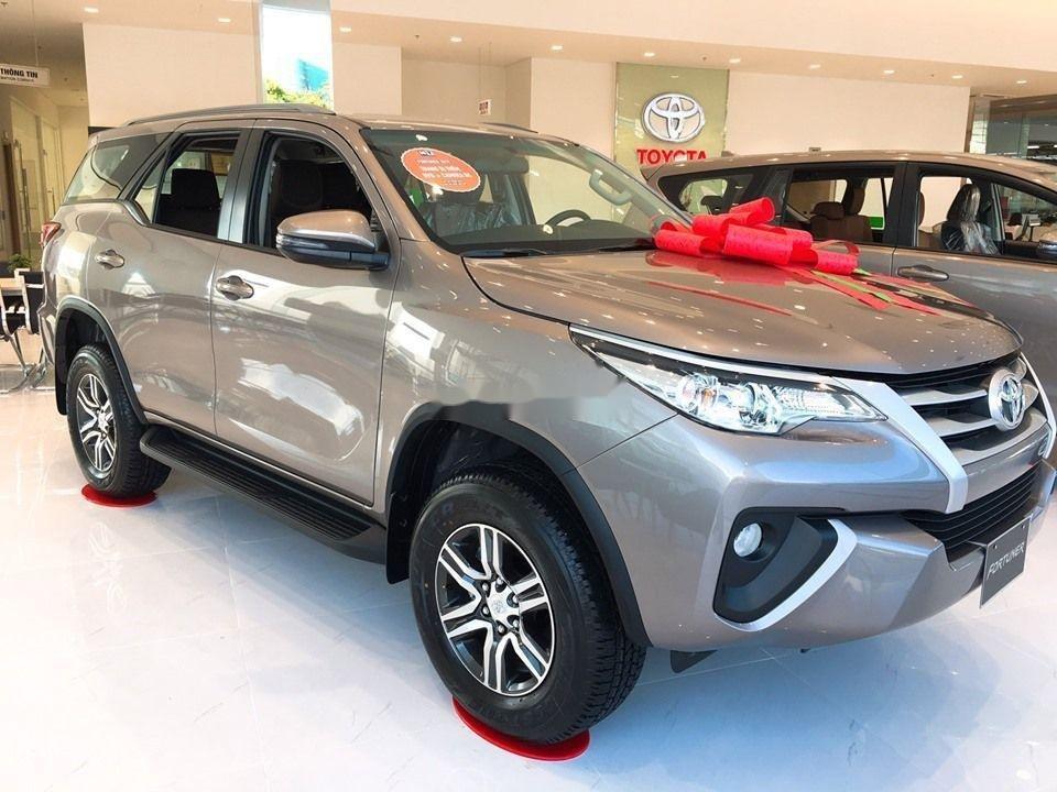 Bán xe Toyota Fortuner 2.4 đời 2019, máy dầu, giá tốt (3)