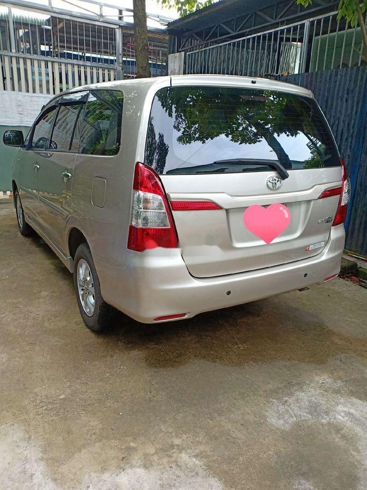 Bán Toyota Innova sản xuất năm 2014, nhập khẩu nguyên chiếc (3)