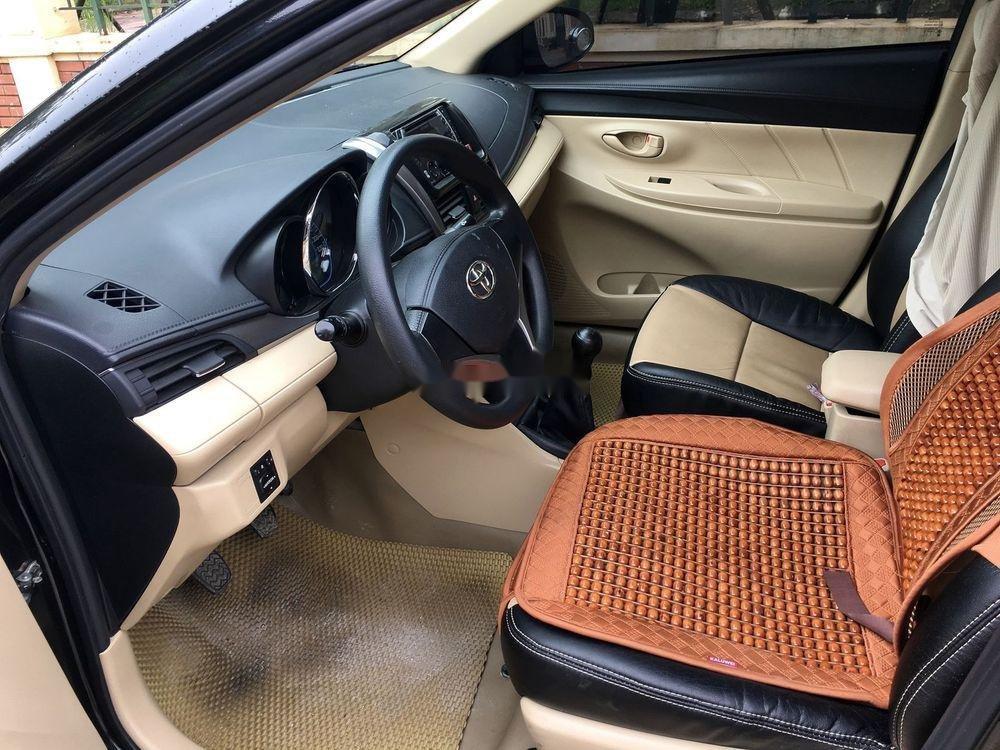 Cần bán gấp Toyota Vios E 2017, màu đen, giá tốt (8)
