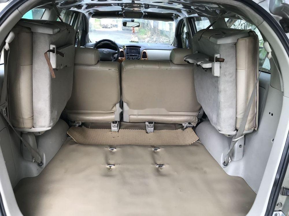 Cần bán Toyota Innova G đời 2010, màu bạc, nhập khẩu nguyên chiếc còn mới, giá chỉ 365 triệu (8)