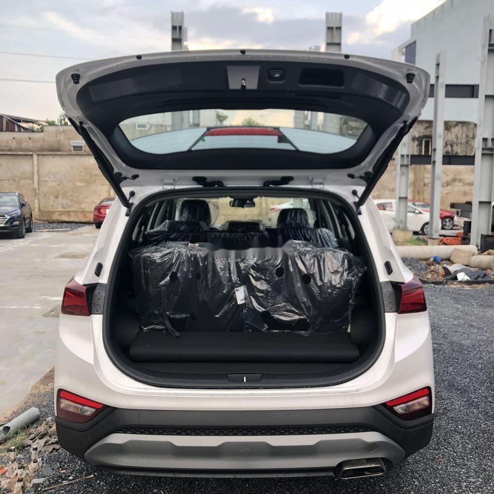 Bán Hyundai Santa Fe năm sản xuất 2019, màu trắng, giá chỉ 995 triệu (6)