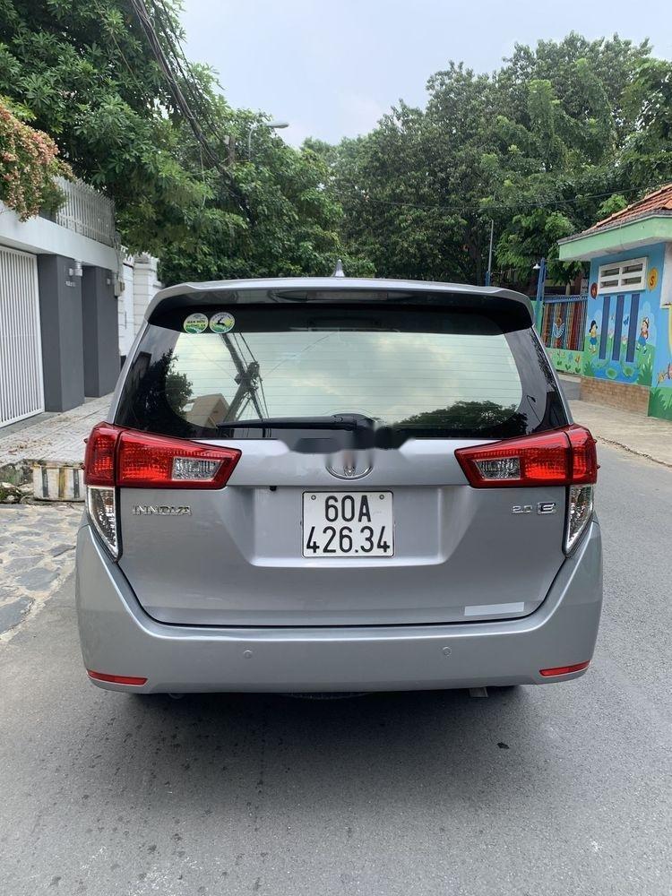 Bán xe Toyota Innova đời 2017, màu bạc số sàn, 625tr (4)